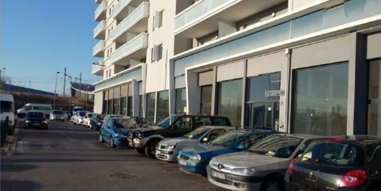 ipro location local commercial marseille 118-73