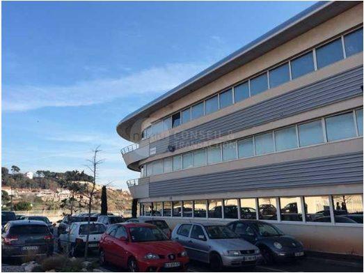Marseille 16 Location Bureaux 650m2 divisibles à partir de 300m2 (117-27)